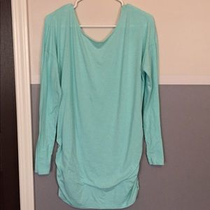 Lucy Teal Long Sleeve size L